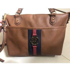 Tommy Hilfiger Medium Crossbody Bag